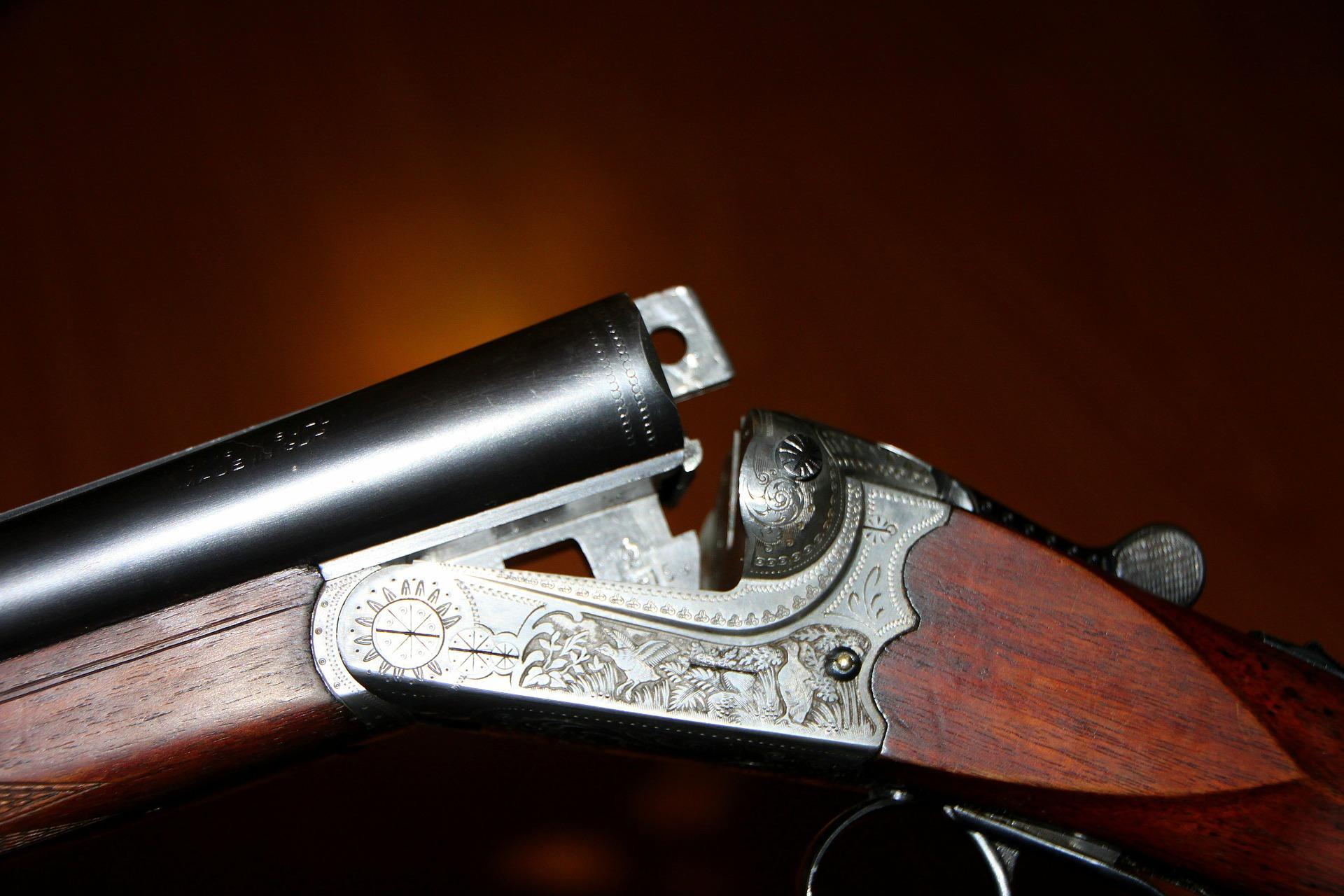 Die Nebentätigkeitsgenehmigung für Waffenhandel
